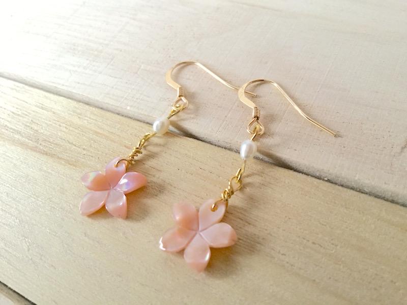 春の訪れ…桜の花のピアス