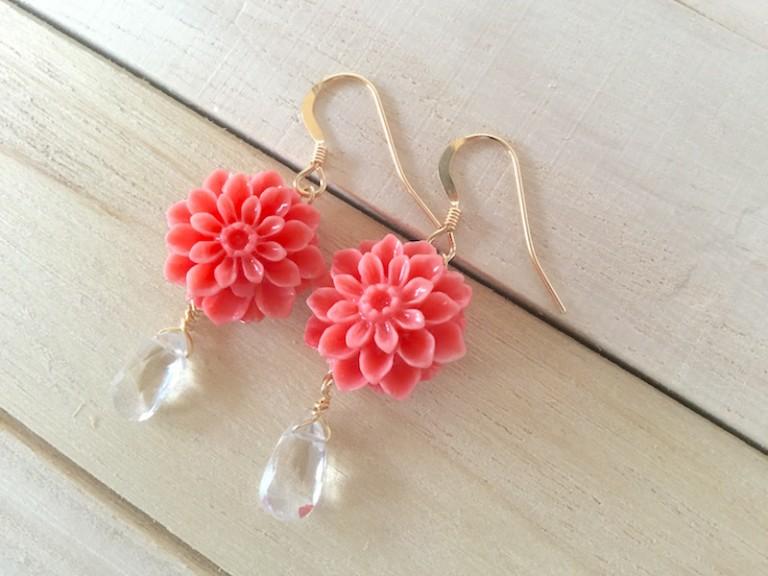 蓮の花のピアス