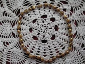 カジュアルに本真珠を! 淡水バロックパールのオールノット加工ネックレス